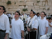 yyerushalayim5769_at_the_kotel-web2